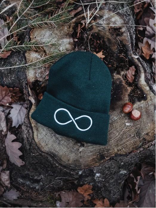 Zimní čapka Hory a nekonečno - uhlová