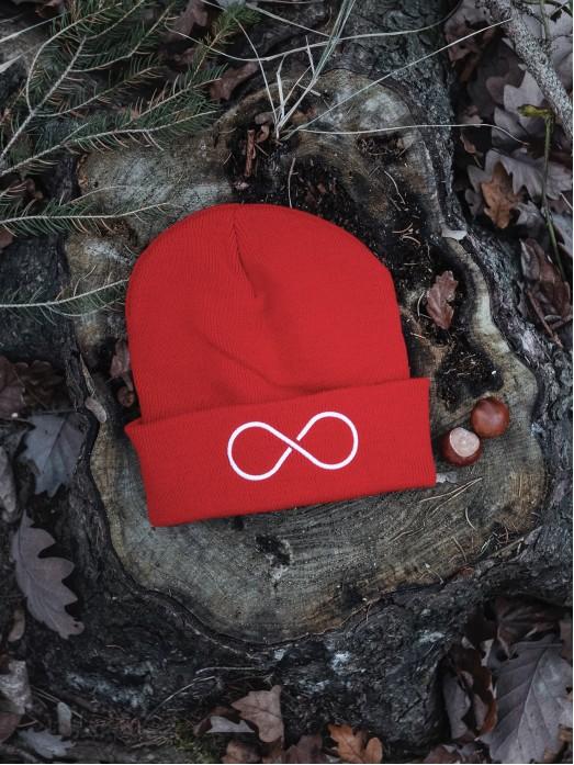 Zimní čapka Hory a nekonečno - červená