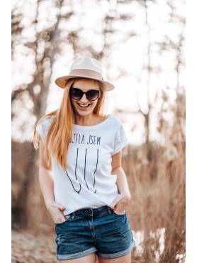 """Nasraná Máma tričko """"Vykojený cecky"""""""